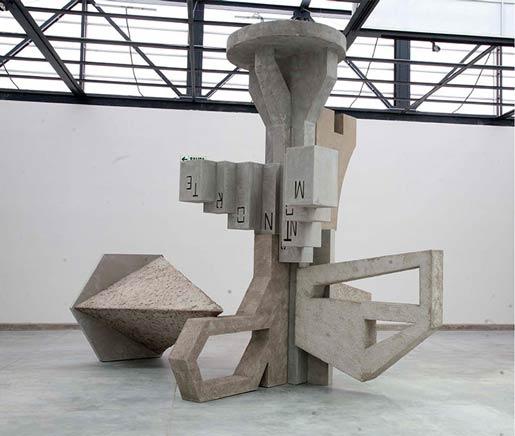 APACHETA  en colaboracion con MIGUEL ANDRADE VALDEZVista de instalaciónMuseo Arte Contemporáneo (MAC), Lima, Perú2012