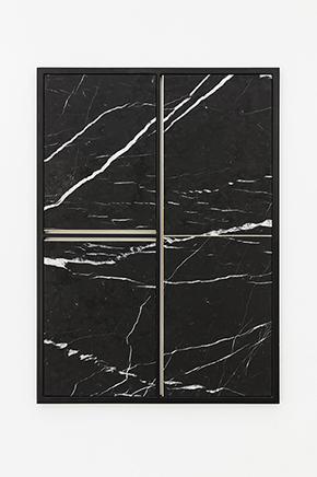FILTER N.4Marmól Negro Marquina tallado y pulido a mano, cobre, acero inoxidable90 x 65 x 3 cm2016