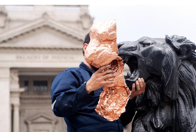 EJERCICIOS SUPERFICIALES SOBRE DISPOSITIVOS DE DELEITEProceso copias, monumentos del Palacio de JusticiaLáminas de cobre2016