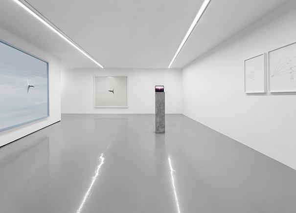 ANDREA GALVANI SELECTED WORKSCurado por Margherita Pilati14 octubre 2016 - 22 enero 20172006-2016Vista de instalación en el Mart Museum | Galleria Civica di Trento