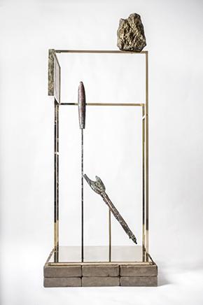 USHNU / CONSTRUCT IBronce, mineral, adobes, grout metálico y electroplaque de cobre en objetos230 X 90 x 50 cm2019