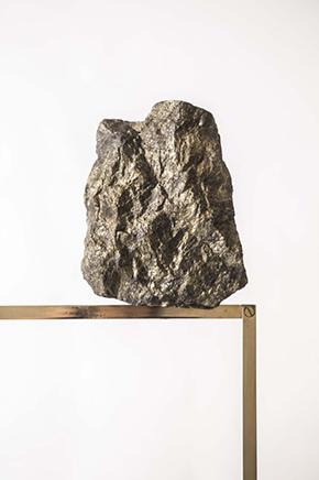 USHNU / CONSTRUCT IDetalle en bronce y mineral2019