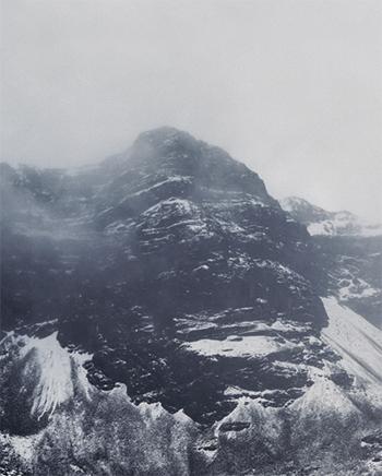 SIN TITULO (PAISAJE FRÍO)fFotografía analógica copia ink jet92,3 x 114 cm c/u2014